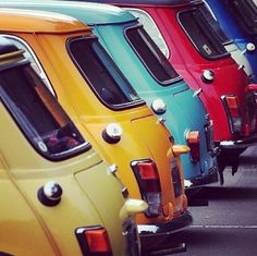 A board dedicated to classic cars & motorcycles ~ A rainbow of vintage Mini Coopers Mini Morris, Mini Coopers, Mini Clubman, Mini Countryman, Fiat 500, Mini Cooper Clasico, Classic Mini, Classic Cars, Classic Motors