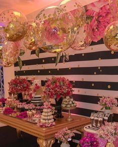 Image may contain: 2 people, flower 40th Birthday Parties, Mom Birthday, Birthday Party Decorations, Wedding Decorations, Festa Party, Diy Party, Ideas Party, Kate Spade Party, Idee Diy
