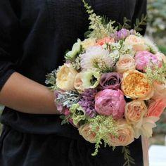 Buchet de mireasa Royal Roses Garden