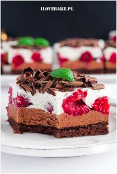 Ciasto czekoladowe z malinami Dessert Bread, Aga, Tiramisu, Cheesecake, Food And Drink, Cupcakes, Favorite Recipes, Sweets, Lunch