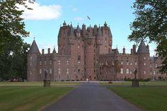 Glamis Castle   (Forfar, Scotland)