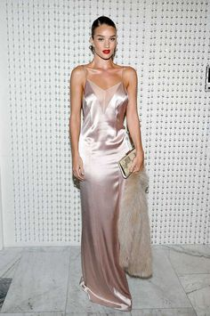 Elizabeth Taylor first sported slip dress, but it was Kate Moss who truly put it on the map in the 90s. Here are the celebrities who mastered the slip dress in the most iconic slip dress moments of all time.