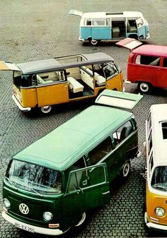 Colourful buses! would love to take road trip with friends on one of these :D I want one!!