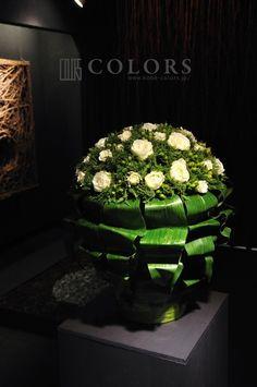 お祝いのスタンドフラワーの画像   神戸の花屋カラーズ 隊長 國安のブログ