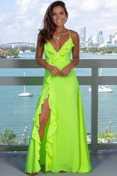 Neon Lime Maxi Dress with Ruffle Detail : STUNNING! This Neon Lime Maxi Dress with Ruffle Detail is beautiful! This Neon Maxi is sure to make you POP in any event you have planned this summer! We love the ruffle detail and side slit! Vestidos Neon, Neon Prom Dresses, Casual Dresses, Fashion Dresses, Maxi Dresses, Spring Dresses, Boho Dress, Green Dress, Stylish Outfits
