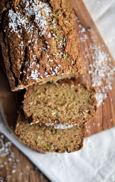 Zucchini Bread made with oat flour Recipe Zuchinni Bread, Gluten Free Zucchini Bread, Zucchini Loaf, Zucchini Bread Recipes, Healthy Zucchini, Zucchini Muffins, Oat Flour Recipes, Oats Recipes, Recipe Details