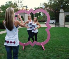 A big crown would be the perfect photo op for a Zeta Bid Day! Instead of a quatrefoil, maybe use a big circle with letters on the top or a Quill? Sorority Bid Day, Sorority Crafts, Sorority Life, Sorority Sisters, Sorority Recruitment, Phi Sigma Sigma, Kappa Kappa Gamma, Kappa Delta, Tri Delta