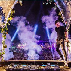 Martin Garrix The place where we feel at home❤️
