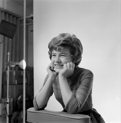 View and license The Patty Duke Show pictures & news photos from Getty Images. Patty Duke Show, Susan Lucci, Annette Funicello, 70s Tv Shows, Stars Then And Now, Petite Women, Classic Tv, Actors & Actresses, Hollywood