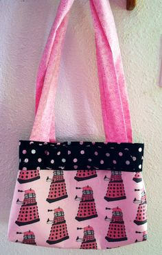 Doctor Who purse, first attempt at sewing my own purse and I love it! Another Pinterest inspired project. #diy #purse #pink #dalek #doctor who #geek #whovian