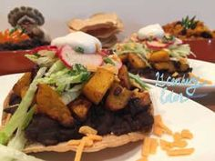 When the market has butternut squash on sale you make some tostadas No Dairy Recipes, Delicious Vegan Recipes, Vegetarian Recipes, Amazing Recipes, Tasty, Tostadas, Vegan Foods, Butternut Squash, Healthy Eating