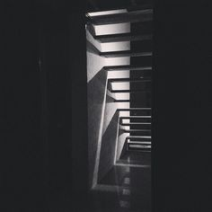 We built these! Sometimes the project seemed insurmountable. Often the result surprises me. The steps being the greatest metaphor for our method of surviving the seemingly endless project. #stairs #stairlights #peter.rechenberg.design @peter.rechenberg.design #timbersteps #lime #recycledbrick #centralvictoria #centralgoldfields #majorcavictoria #polishedconcrete #lights #perserverance #home @calcluff