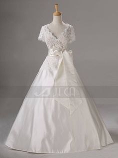 Vintage VNeckline Fall Wedding Dress Modest Wedding by Jecadress, $319.95