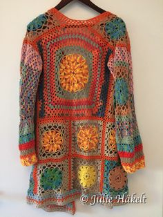 INDIAN SUMMER CROCHET CARDIGAN Crochet Coat, Crochet Jacket, Crochet Cardigan, Crochet Granny, Diy Crochet, Crochet Stitches, Crochet Patterns, Loom Knitting Projects, Cardigan Pattern
