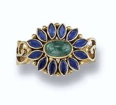 Princess Margaret's Emerald & Sapphire Ring. https://www.facebook.com/photo.php?fbid=1541413556135713&set=oa.283553501812446&type=3&theater https://www.facebook.com/groups/260713314096465/