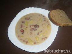 Fazuľová polievka od babičky