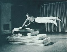 Yvonne Rainer, Fling (from Some Parts of Some Sextets), 1965