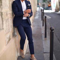 Blue suit men Mens fashion suits Suit combinations Suit fashion Mens outfits Suit and tie Navy blue suit Well dressed men Wedding suits men