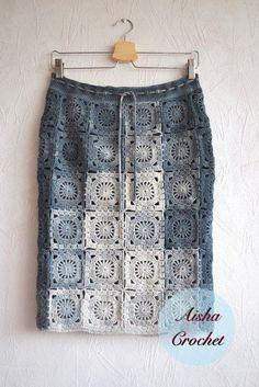 Fabulous Crochet a Little Black Crochet Dress Ideas. Georgeous Crochet a Little Black Crochet Dress Ideas. Crochet Bodycon Dresses, Black Crochet Dress, Crochet Skirts, Crochet Cardigan, Crochet Clothes, Crochet Skirt Pattern, Crochet Squares, Crochet Granny, Crochet Patterns