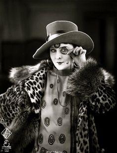 Lilian Harvey, c1925 (H.Gartner/Gartner & Binder)