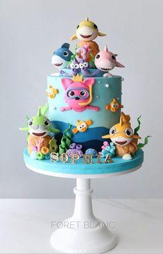 Baby Shark Party - Over 50 Inspiring Ideas Shark Birthday Cakes, Baby First Birthday Cake, Boy Birthday Parties, 2nd Birthday, Birthday Ideas, Cake Designs For Kids, Shark Cake, Shark Party, Cakes For Boys