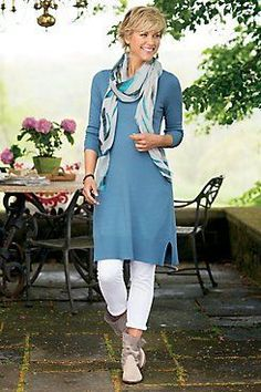 The Best Fashion Ideas For Women Over 60 - Fashion Trends Over 60 Fashion, Mature Fashion, Over 50 Womens Fashion, 50 Fashion, Autumn Fashion, Fashion Outfits, Fashion Trends, Chicos Fashion, Petite Fashion