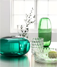 Create beautiful flower arrangements with our new, colourful STOCKHOLM Vase.