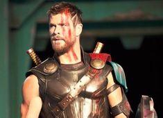 Movie - Thor: Ragnarok Chris Hemsworth Thor Wallpaper