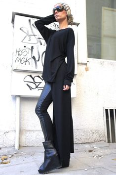 Items similar to Black Asymmetrical Top / Long Blouse Extra Long Sleeves / Asymmetric Tunic Top on Etsy Asymmetrical Tops, Long Blouse, Fall Outfits, Fashion Looks, Normcore, Tunic Tops, Etsy, Chic, Trending Outfits