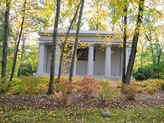 Leona Helmsley mausoleum