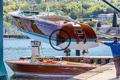 Wooden Speed Boats, Wooden Model Boats, Riva Boot, Chris Craft Wooden Boats, Cruiser Boat, Classic Wooden Boats, Yacht Cruises, Vintage Boats, Cool Boats