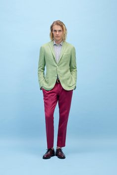 Boglioli Spring 2015 Menswear Fashion Show High Fashion, Fashion Show, Mens Fashion, Fashion Design, Its A Mans World, Colored Pants, Spring Summer 2015, Spring Collection, Stylish Men