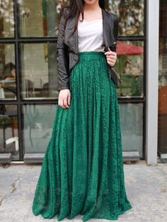 "I wanna rock an outfit like this so bad. Gotta find a good tailor. ""Jade green floor length plus size maxi skirt lace skirt elastic waist long skirt"" Maxi Skirt Outfits, Long Maxi Skirts, Komplette Outfits, Dress Skirt, Lace Skirt, Lace Maxi, Dress Long, Long Fall Dresses, Maxi Skirt Winter"