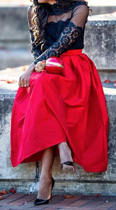 pleated full maxi skirt http://rstyle.me/n/pt6jhr9te