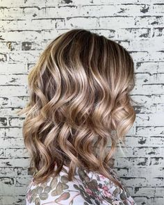 Loose Hairstyles, Straight Hairstyles, Medium Hair Styles, Curly Hair Styles, Small Curls, Hair Jewels, Curl Styles, Color Your Hair, Hair Quality