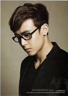 Nichkhun in Talks for a Chinese-Korean Drama Cool Hairstyles For Men, Boy Hairstyles, Korean Men, Korean Actors, Korean Boy Hairstyle, Hairstyle Men, Taecyeon, Woo Young, Asian Hotties