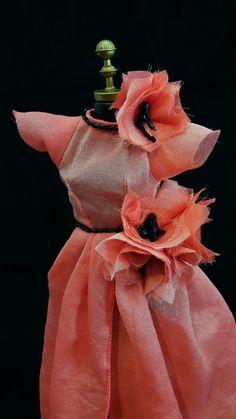 Vestido Coral #boneca #vestido #dress #doll #barbie #fashion #design #flower #flores