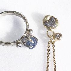 Raw Ceylon Sapphire ring in white gold (stone polished in house) and rough diamond necklace in yellow gold.  Stand 105 Soane Hall #madelondon  http://ift.tt/2dxVMuV @tuttonandyoung  #tamaragomezjewellery #rawluxury #spiritinspired #rawbeauty #rawsapphires #roughsapphires #craftanddesign #londondesign #roughluxe #boholuxe #artisanjewellery #artisanjewelry #lovemyjob #instastyle #goldsmith #cockpitarts #studiolife #craftfair #onemarylebone