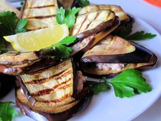 Paleo, vegan, vegetarisch, glutenfrei, laktosefrei, lowcarb - Auberginen mit Nusscreme!