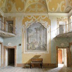 Villa Sbertoli by Romany WG on Flickr.