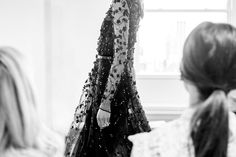 An embroidered tulle gown that leaves you in a state of enchantment. #OscardelaRenta #Resort2017