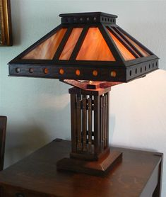 Mission Man Antiques - Arts and Crafts Lamp Craftsman Lamps, Craftsman Lighting, Craftsman Interior, Craftsman Furniture, Craftsman Style, Chandeliers, Tiffany Style Table Lamps, Mission Furniture, Wood Floor Lamp