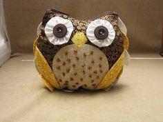 owl make-up bag...aaaamazing.