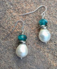 silver wire earrings with turquoise glass beads, jump rings and freshwater pearls www.etsy.com/shop/scissorsandpearls