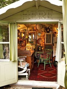 1000 images about she sheds on pinterest she sheds for Garden shed quilting