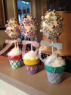 Easter egg topiaries