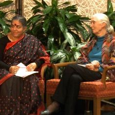 Vandana Shiva & Jane Goodall on Serving the Earth & How Women Can Address Climate Crisis | Democracy Now!