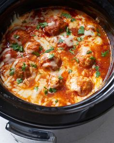 Kids Meals Recipe: Slow Cooker Chicken Parm Meatballs — Recipes from The Kitchn - Slow cooker chicken meatballs loaded with Parmesan cheese cooked right in marinara sauce. Crock Pot Recipes, Crockpot Meals, Potluck Recipes, Meal Recipes, Crockpot Recipes For Kids, Recipes To Freeze, Slow Cook Recipes, Crockpot Potluck, Slow Cooker Meal Prep