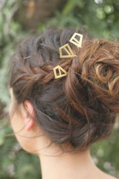 Browse unique items from didistudio on Etsy, a global marketplace of handmade, vintage and creative goods. Gold Hair Accessories, Wedding Accessories, Diamond Hair, Ear Hair Trimmer, Wedding Hair Pins, Hair Sticks, Bride Hairstyles, Hair Jewelry, Wedding Gold