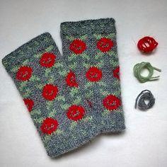 Ravelry: Red Roses Cuffs pattern by Svetlana Bekshanskaya